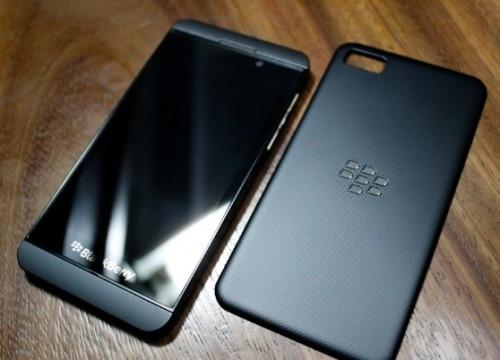 Новое фото смартфона на BlackBerry 10