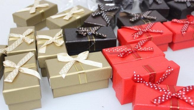 Як підібрати подарункову коробку
